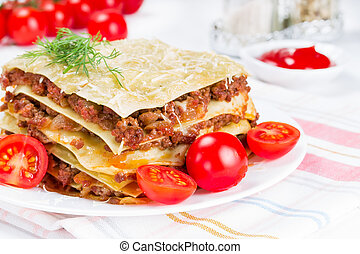 lasagna with tomatoes