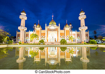 central Pattani mosque with reflection - Twilight view of...