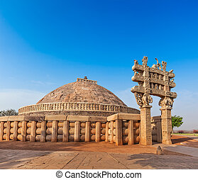 Great Stupa. Sanchi, Madhya Pradesh, India - Great Stupa -...