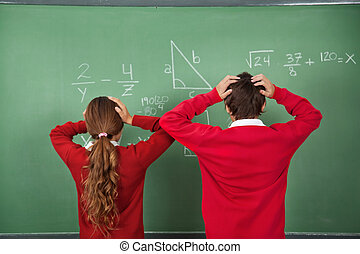 confuso, alumnos, posición, contra, tabla