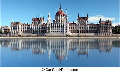 Budapest - parliament at day - time lapse