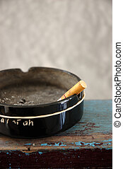 Ash tray - ash tray and deadly smoking cigarrete