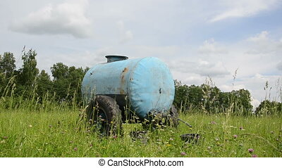 water cistern pasture - Blue water cistern for animal stand...