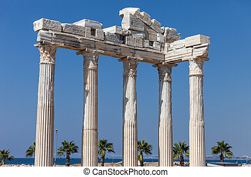 Ancient Apollo temple columns at Turkey Side - Ancient...