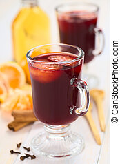 Hot Mulled Wine with Mandarin