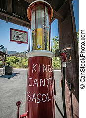 Kings canyon gasoline - Kings canyon gas station the last on...