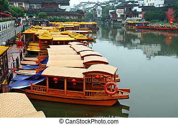 Line of boats at Qinhuai river - Line of boats anchored at...