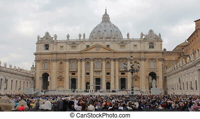 Crowd in Saint Peters Square - People gathering on Piazza...