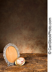 Antique baroque empty photo frame - Baroque photo frame and...