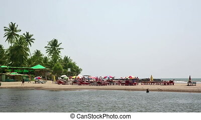 Holiday resort on water's edge - Idyllic holiday resort on...