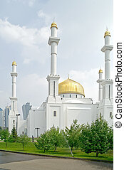 Nur-Astana Mosque - Modern large beautiful building of...