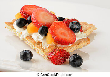 Fruit and cream cheese on sesame flatbread - Fruit and cream...