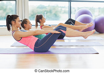 clase, extensión, esteras, yoga, clase