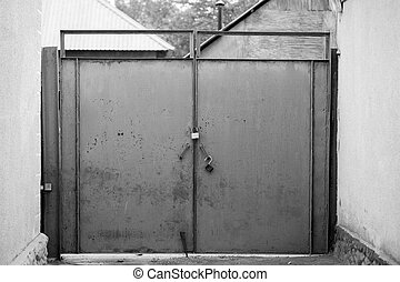 old black and white gates