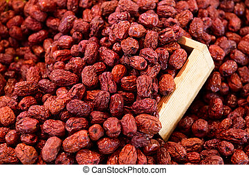 Dried red jujube with wooden container
