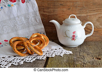 Still life with tea and bagels