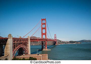 San Francisco golden Bridge - Golden Gate Bridge in San...