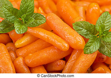 Small carrots cooked with olive oil and spices