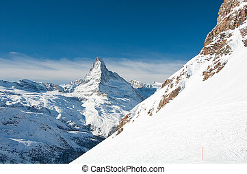 Matterhorn panorama - Skie slope with Matterhorn in...