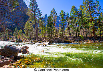 Yosemite National Park Merced River in California - Yosemite...