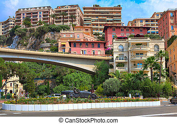 Racing car sculpture in the center of Monte Carlo. - MONTE...