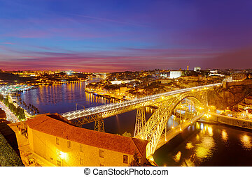 Bridge of Luis I at night over Douro river and Porto,...