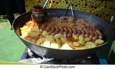 potatoes sausage cabbage