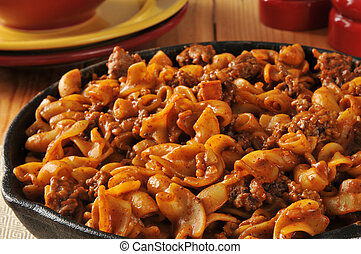 Fast and easy skillet dinner - Chili mac with hamburger in a...