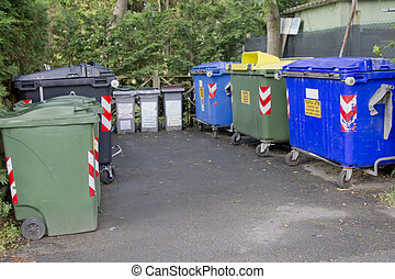Trash cans and containers for garbage separation - Colored...