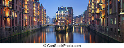 Speicherstadt Hamburg. - Panoramic image of Hamburg-...