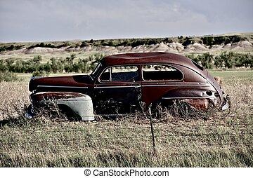 Clunker on Prairie