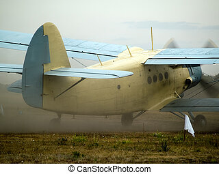 AN-2 taxiing - Old russian multipurpose plane AN-2 taxiing...