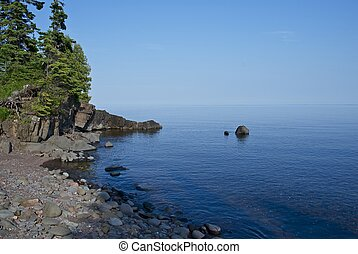 Lake Superior Minnesota - Lake Superior Shore in Northern...