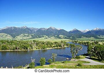 Yellowstone River Near Livingston, Montana, U.S.A. Montana...