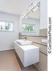 Bright space - washbasin area - Bright space - a wihite area...