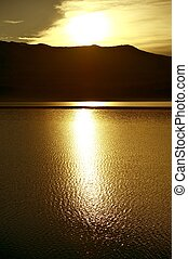 Zachód słońca, Jezioro