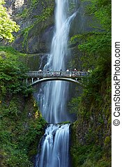 Multnomah Falls Oregon - Oregon Waterfalls Photography...