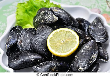 Plate of delicious mussels - Decorative plate of delicious...