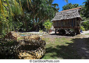 native hut fanning island