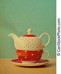 Red polka dot kettle vintage
