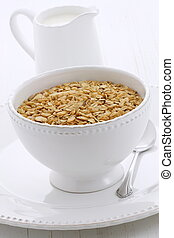 Delicious and healthy granola cereal - Delicious and...