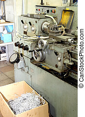 Old metal working lathe, made in the middle of the last...