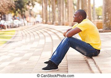hombre, urbano, africano, relajante, ciudad