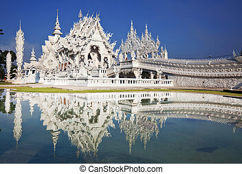 White temple - Wat Rong-Khun, Northern Thailand