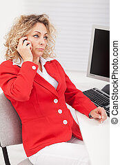 Business woman disappointed by her telephone conversation -...