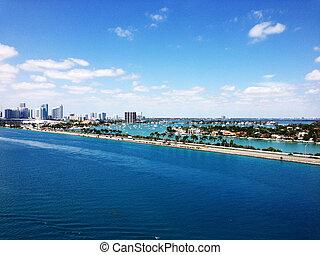 Miami City Waterways scenic view