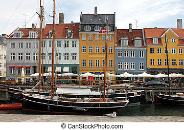 Copenhagen, Nyhavn - Nyhavn (New Harbor) is a 17th century...