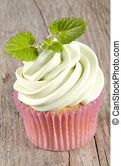 vanilla cupcake with mint buttercream - home made vanilla...