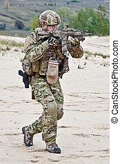 soldado, desierto