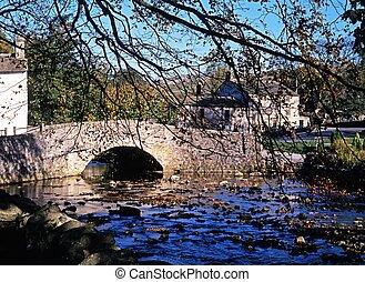 Packhorse bridge, Malham, UK - Packhorse bridge over the...
